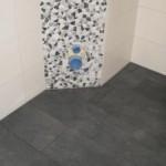 Eck-WC mit Bruchmosaik