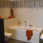 Bad mit Einlegerbordüre