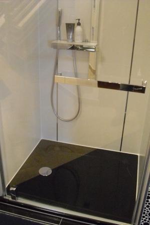 bad ideen fliesen 2012 teil 2 fliesen fieber. Black Bedroom Furniture Sets. Home Design Ideas
