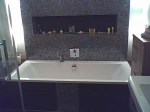 Glasmosaik im Badezimmer