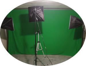 Fliesenschneider werden im Filmstudio getestet