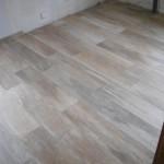 Holzdekor Fliesen in einer Küche