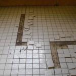 Mosaikfliesen lösen sich