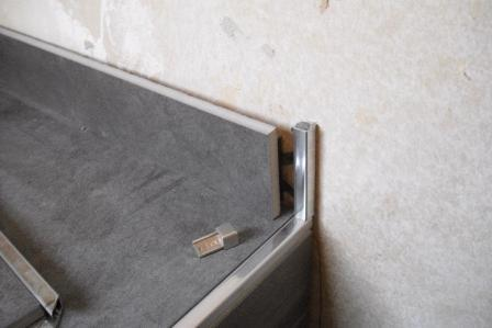 Fliesenkantenprofile schienen als abschluss fliesen fieber - Fieber badewanne ...