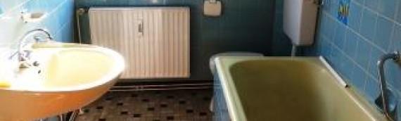 Badezimmer Renovierung oder Aufkleber für Fliesen?